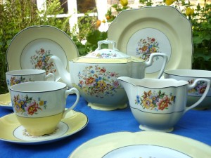 Johnson Brothers Yellow Vintage Tea Set
