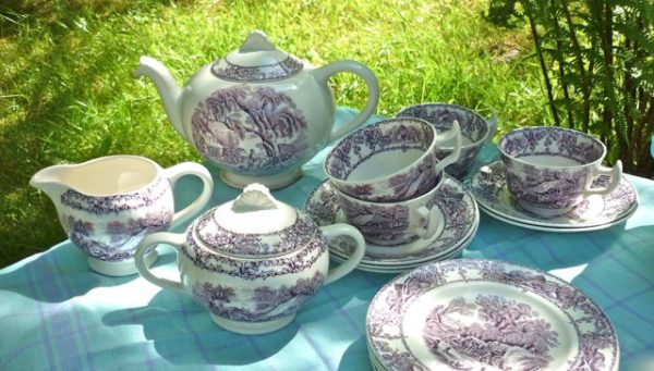 purple pastorale tea set