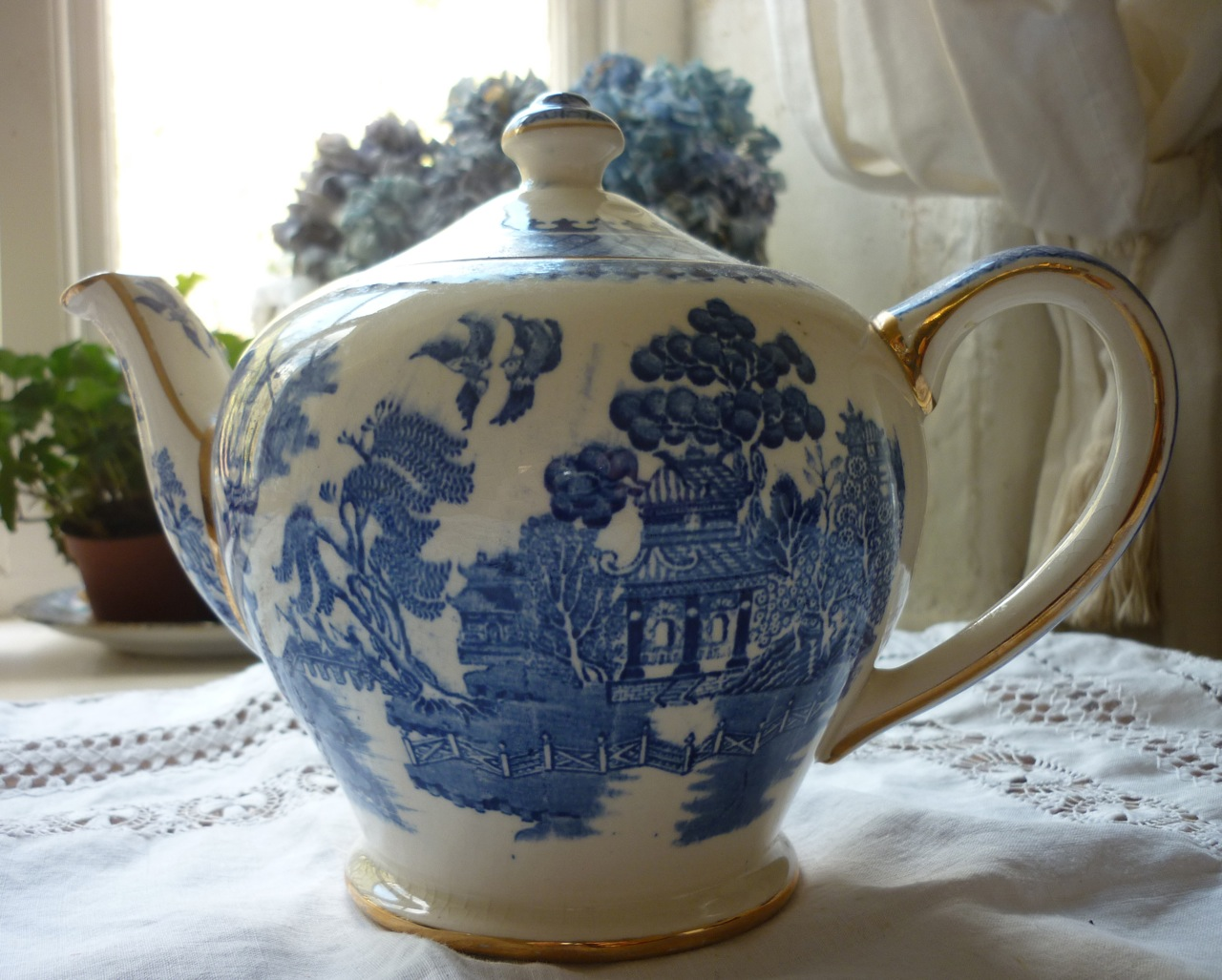 Antique Blue Amp White Willow Tea Service