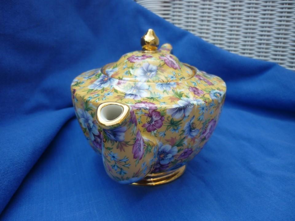 Sadler Yellow Sophie Chintz Tea Pot